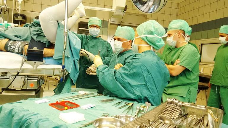 операция удаление геморроя