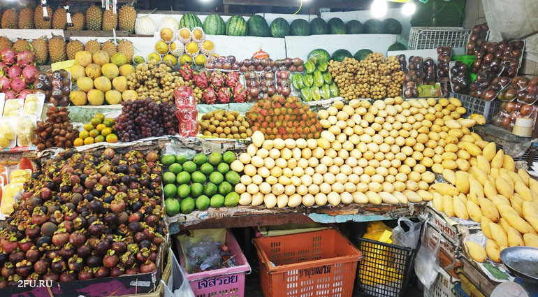 фрукты в паттайе