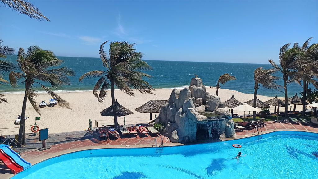 вид из отеля Tien Dat Resort